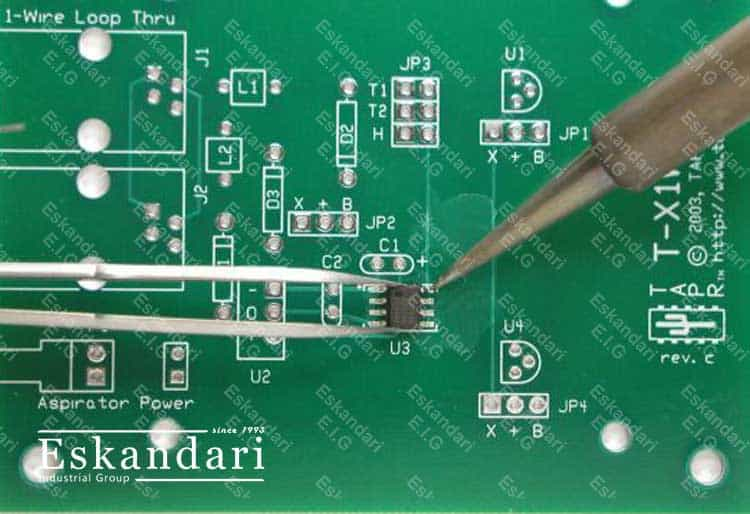 تولید-قطعات-برد-به-روش-SMD