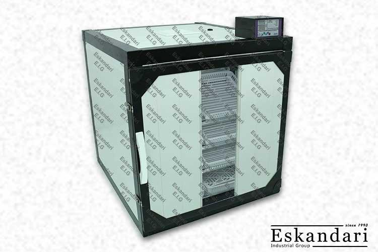 egg-incubator-01-672