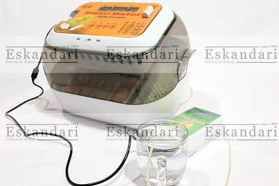 تامین رطوبت دستگاه جوجه کشی ایزی باتور ۶