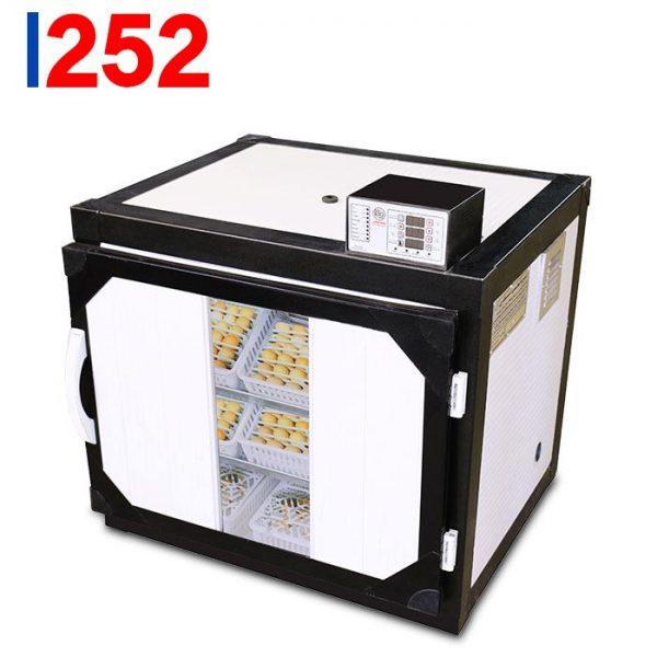 دستگاه جوجه کشی 252 تایی ساخت گروه صنعتی اسکندری