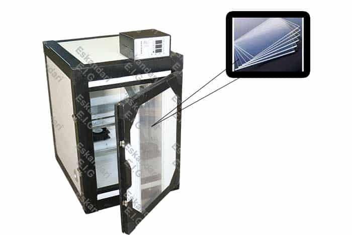 درب های پی وی سی با شیشه پلی کربنات در دستگاه های جوجه کشی سوپر مینیاتور گروه صنعتی اسکندری